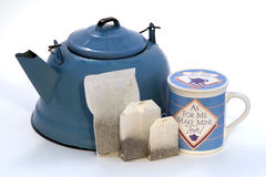 Teekessel, Teebeutel in den Größen, Teacup mit Kappe Lizenzfreie Stockfotos