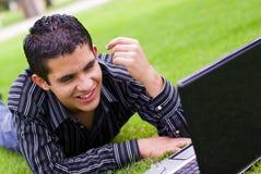 teen bärbar datordeltagare Royaltyfri Foto