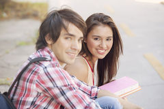 Teen couple smiling Royalty Free Stock Images