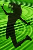 teen flickabanhoppningsilhouette Fotografering för Bildbyråer