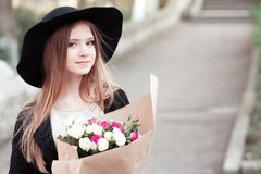 Free Teen Girl With Roses Outdoors Stock Photos - 77429173