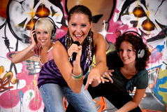 Teen girls graffiti wall Royalty Free Stock Photography