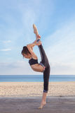 Teen gymnast balance poise flexiblility Royalty Free Stock Photos