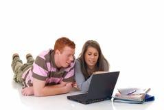 teen working för bärbar datordeltagare Royaltyfri Fotografi