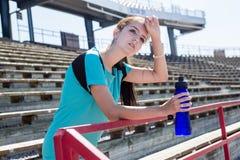 Teenager chi è pronto all'allenamento Fotografie Stock Libere da Diritti