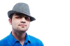 Teenager freddo con un cappello - isolato Fotografia Stock Libera da Diritti