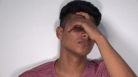 Teenager maschio ispano triste stock footage