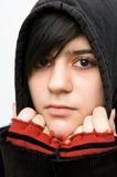 Teenager mit Kapuzenjacke Stock Photos