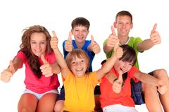 Teenager und Kinder mit den Daumen oben Lizenzfreie Stockfotos