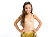 Teenger ono uśmiecha się w złotej sukni Fotografia Stock