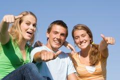 ευτυχή teens Στοκ φωτογραφίες με δικαίωμα ελεύθερης χρήσης
