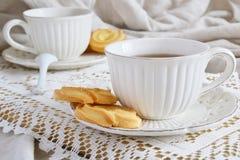 Teeparty mit Plätzchen Lizenzfreies Stockfoto