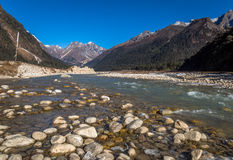 Teesta river flowing through the Yumthang valley Sikkim . Stock Photos