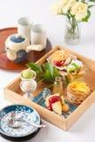 Teezeit-Nachtischsatz Lizenzfreie Stockbilder