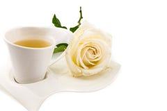 Teezeit, Weißrosenthema Stockbilder