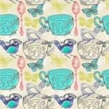 Teezeitillustration mit Blumen und Vogel, nahtloses Muster Lizenzfreies Stockfoto