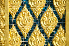 Tegelkunst op de tempelmuur Pattani, Thailand Stock Foto's