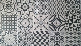 Tegelontwerpen in witte en zwarte grijze kleuren royalty-vrije stock foto