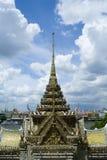 tegelplatta för buddhismtaktempel Royaltyfri Fotografi