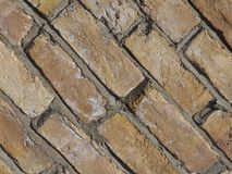 tegelplattor för bakgrund för vägg för röd tegelsten diagonala arkivfoto