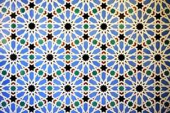 Tegelplattor glasade, azulejos, kunglig slott för Alcazar i Sevilla, Spanien Arkivfoto