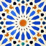 Tegelplattor glasade, den kungliga slotten för alcazaren i Sevilla, Spanien Fotografering för Bildbyråer