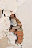 tegelsten avslöjde väggen Arkivfoto