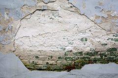 tegelsten förstörd vägg Arkivbilder