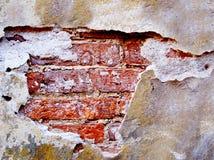 tegelsten förstörde den gammala väggen Royaltyfri Fotografi