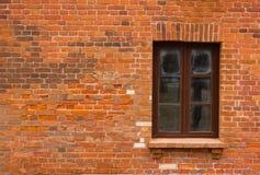 Tegelstenar och fönster Royaltyfri Foto