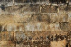 Tegelstenar och gammal väggtextur för cement Royaltyfria Bilder