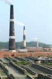 Tegelstenfabriksöverblick Arkivfoto