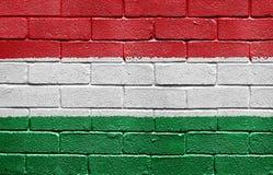 tegelstenflaggahungary vägg arkivbilder