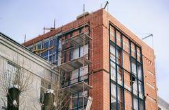 tegelstenkonstruktion som utomhus lägger lokalen Fotografering för Bildbyråer