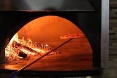 Tegelstenugnspizza Royaltyfri Fotografi