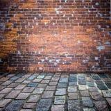 tegelstenuteplatsvägg Arkivfoton
