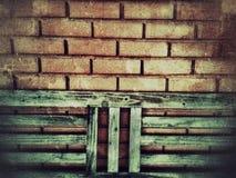Tegelstenvägg av byggnaden royaltyfria foton
