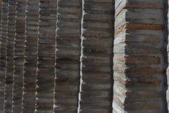 Tegelstenvägg i gammal sten royaltyfria foton