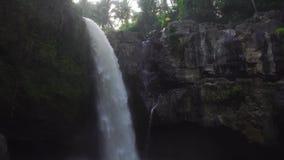 Tegenunganwaterval in Bali stock videobeelden