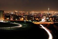 Teheran horisont på natten Royaltyfri Bild