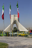 TEHERAN IRAN, PAŹDZIERNIK, - 04, 2016: Widok Azadi wierza w Tehr Fotografia Stock