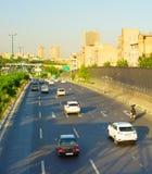 Teheran vägtrafik iran Arkivbilder