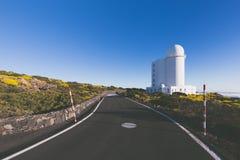 Teide astronomisch waarnemingscentrum in het Eiland van Tenerife, Spanje stock afbeeldingen