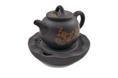 Teiera di ceramica del Brown con l'ornamento floreale dorato Fotografia Stock Libera da Diritti