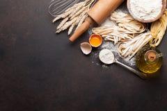 Teigwaren, die Bestandteile kochen stockfotos