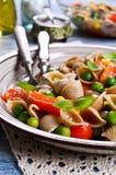 Teigwaren mit Gemüse Lizenzfreie Stockbilder