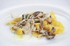 Teigwaren mit Pilzen Stockfotos