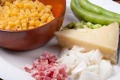 Teigwaren mit Puffbohnen Stockfoto