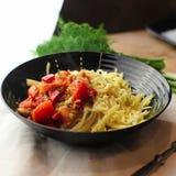 Teigwaren mit Tomaten Stockfotos