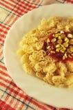 Teigwaren mit Tomatensauce Lizenzfreies Stockbild